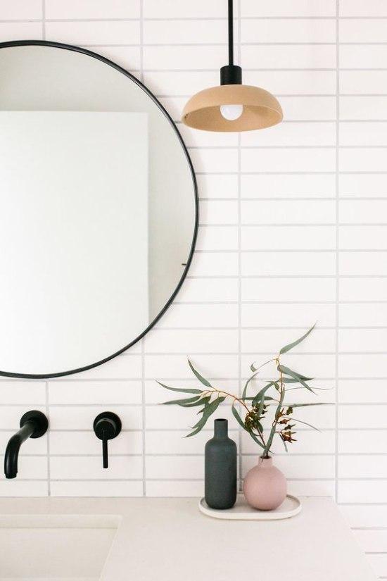 Specchio rotondo per bagno minimal chic