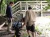 Aufräumen nach Hochwasser in der Siebenten Stunde und Reinigen der Luftbrücke durch Greizer Schüler