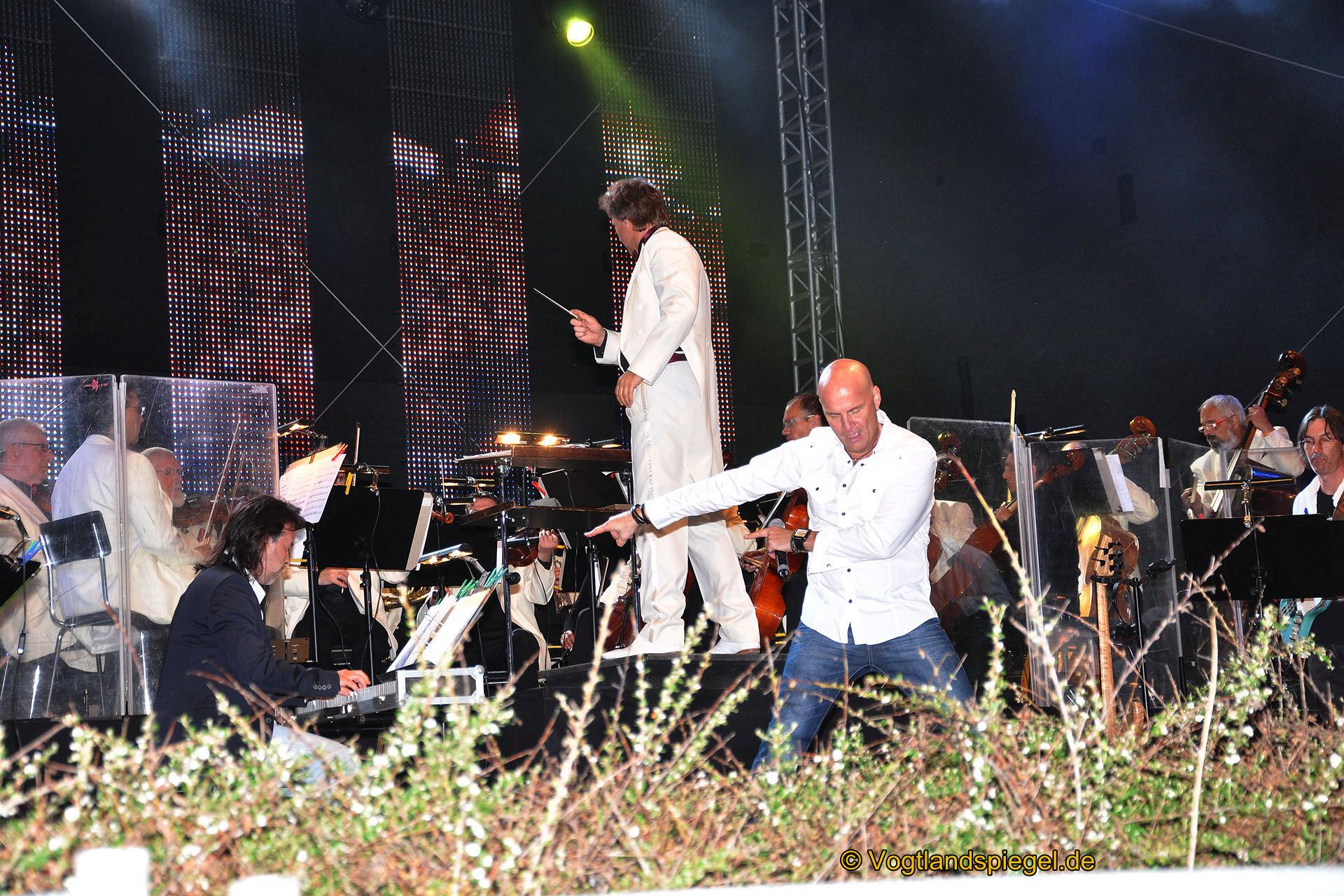 Mitreißendes Open-Air Spektakel vor der Göltzschtalbrücke begeistert Tausende Gäste