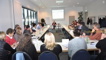 Social Media für Unternehmen vorgestellt in der Greizer Vogtlandhalle von Kathleen Parma