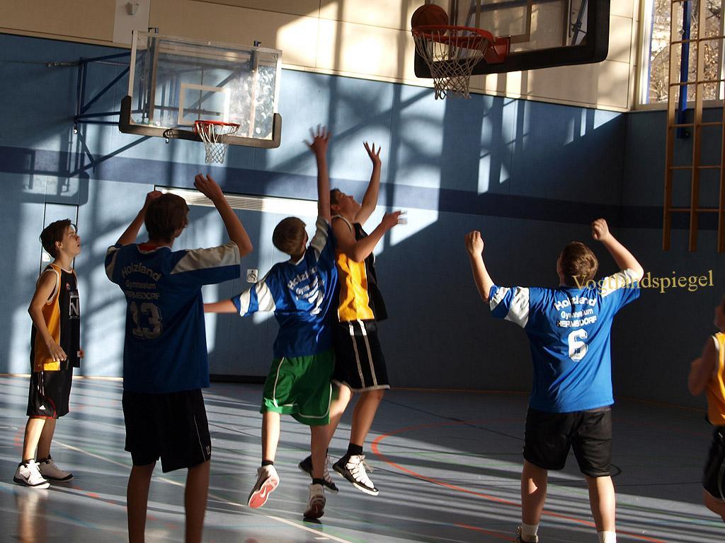 Freizeitbasketballer treffen sich zum Silvesterturnier des 1. SSV Greiz