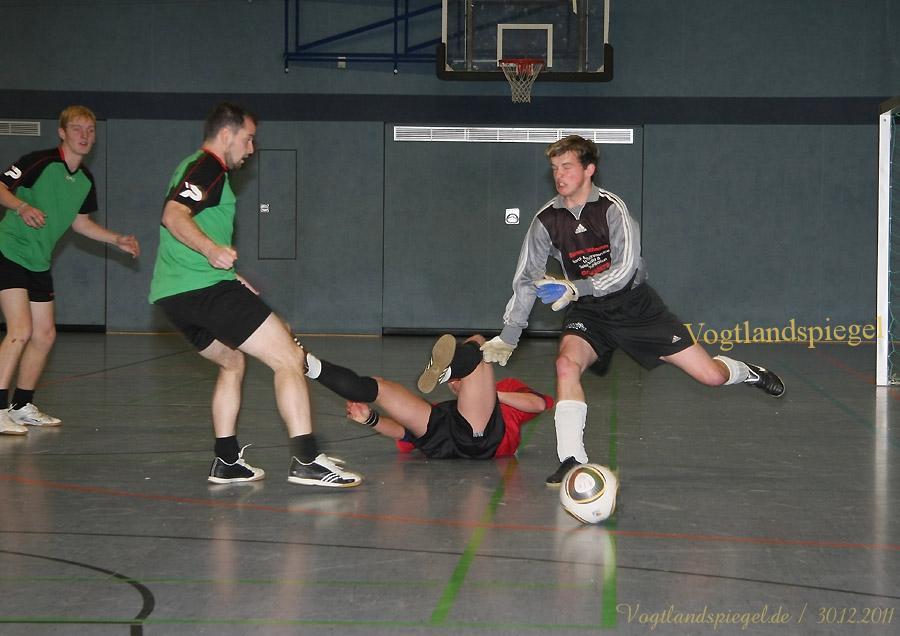 Hallenfußballturnier um den WERTBAU-Cup 2012