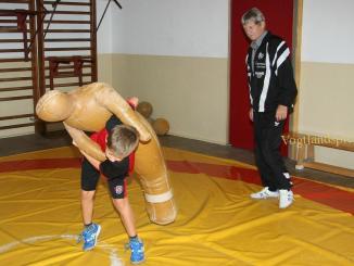 Greizer Nachwuchsringer beim Training
