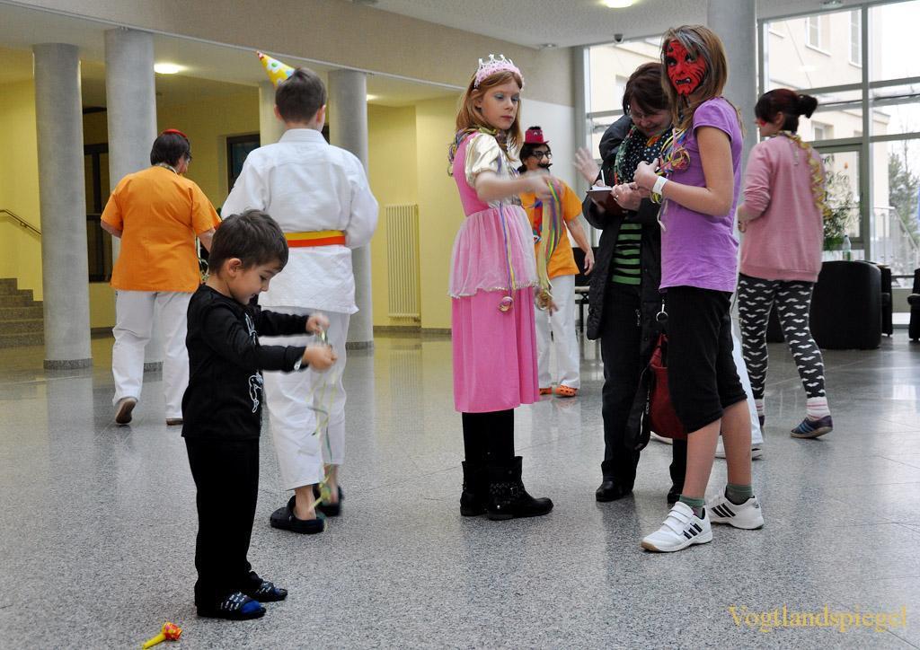Im Kreiskrankenhauses Greiz wird Fasching gefeiert