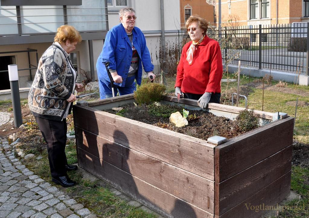 Wohngemeinschaft 55plus gibt Startschuss für »Entante Florale«