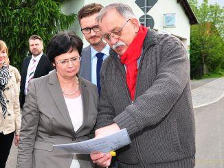 Thüringens Ministerpräsidentin Christine Lieberknecht (CDU) besuchte Ortsteil Reinsdorf