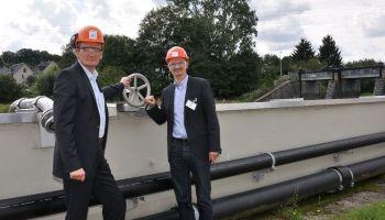 Christian Tischner zu Werksbesuch in der Akzo Nobel
