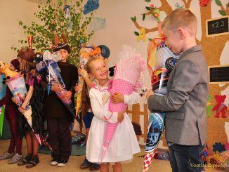 Greizer Zaschbergschule empfängt 34 Schulanfänger