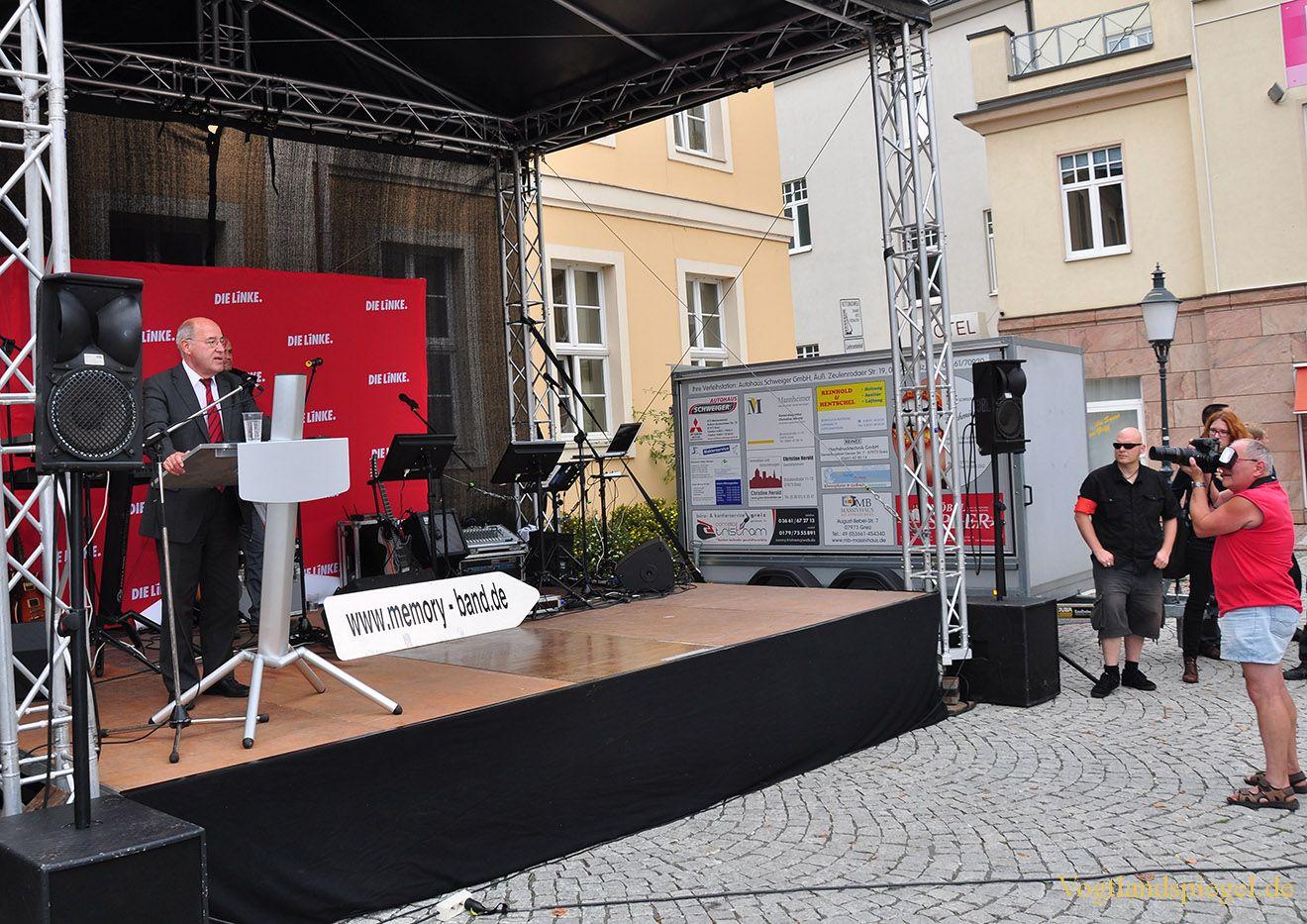 Gregor Gysi weist mit flammender Rede auf deutsche Missstände hin