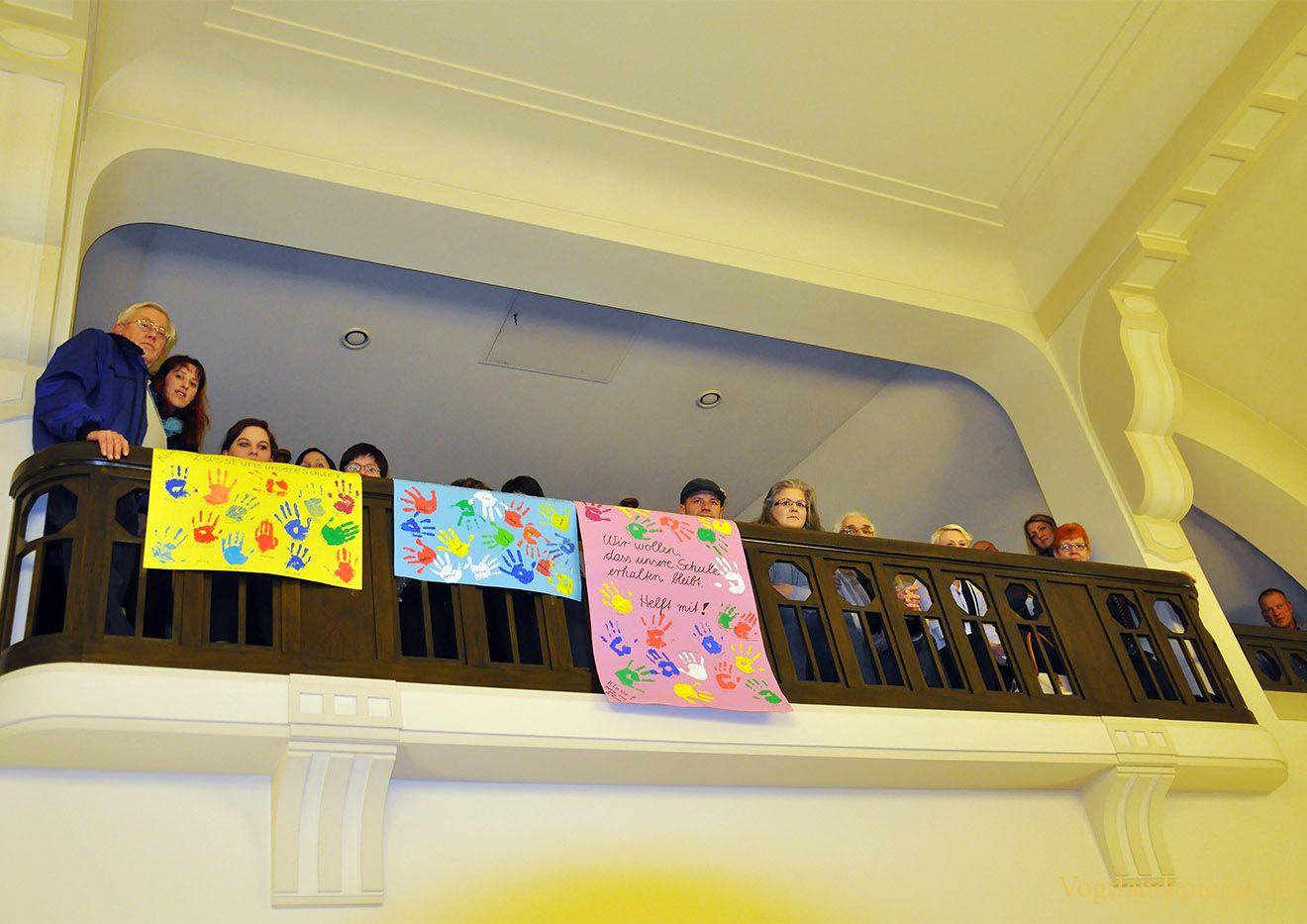 Im Stadtrat heiße Diskussion um Schulstandorte