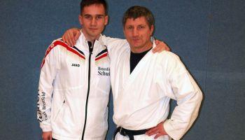 Greizer Kickboxer und Karateka trainieren unter Bundestrainer Klaus Bitsch