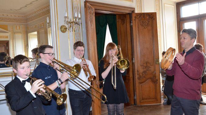 """In Greizer Musikschule ging's """"etwas blechern"""" zu"""
