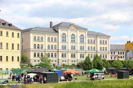 Kurz vor dem offiziellen Beginn der Veranstaltung im Greizer Schlossgarten.