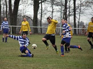 SV Blau-Weiß 90 Greiz gegen OTG 1902 Gera 4:0