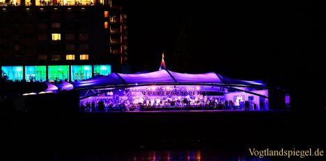 Seestern Panorama-Bühne mit Konzert eingeweiht