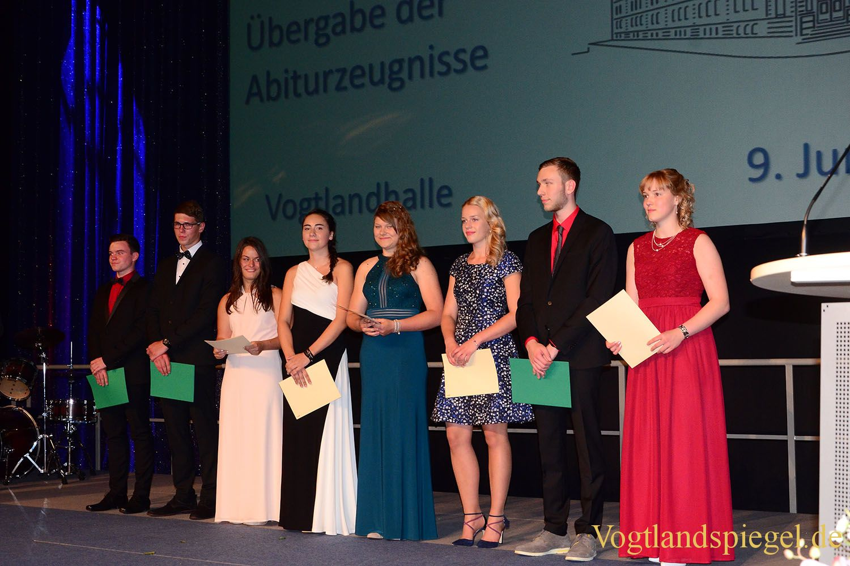 Ulf-Merbold-Gymnasium: 69 Schüler erhalten Abiturzeugnis