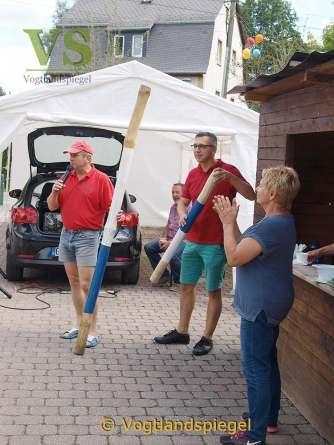 Spaßwettbewerb beim Dorffest in Neumühle/Elster