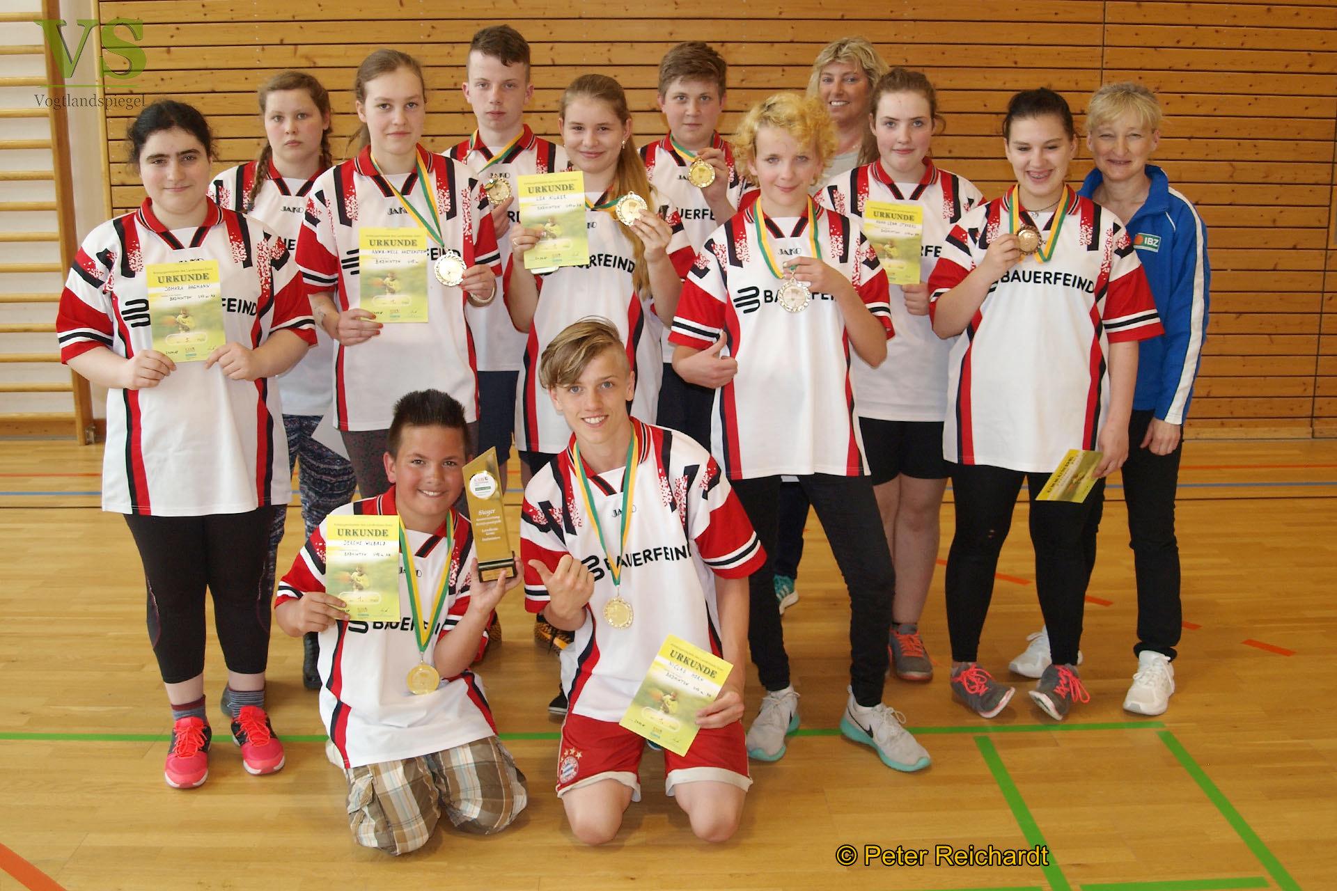 Kreisjugendspiele im Badminton: Schulmannschaft des Pestalozzi-Förderzentrums Zeulenroda holt sich den Wanderpokal