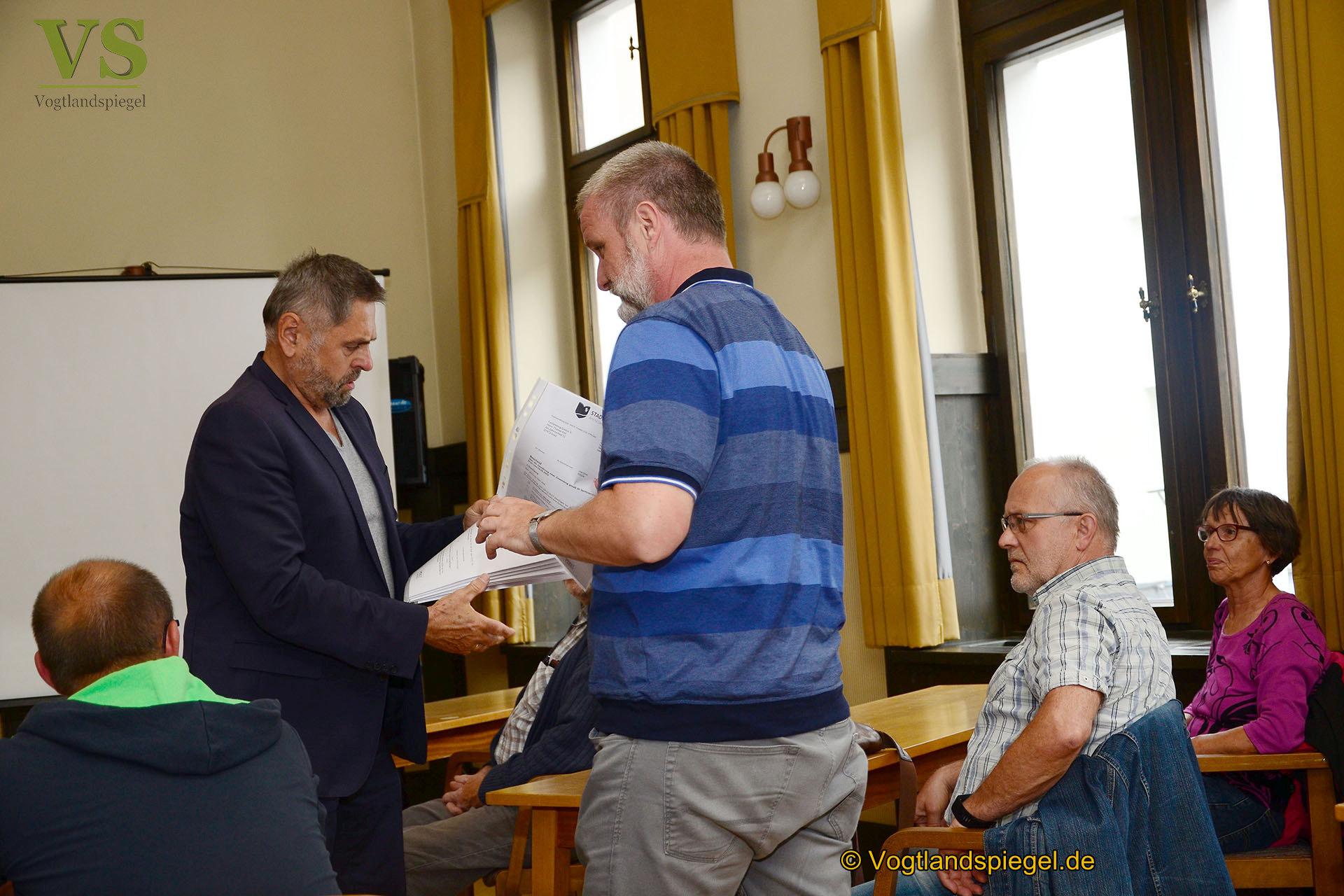 Bürgermeister übergibt Fördermittel an Greizer Vereine und Verbände