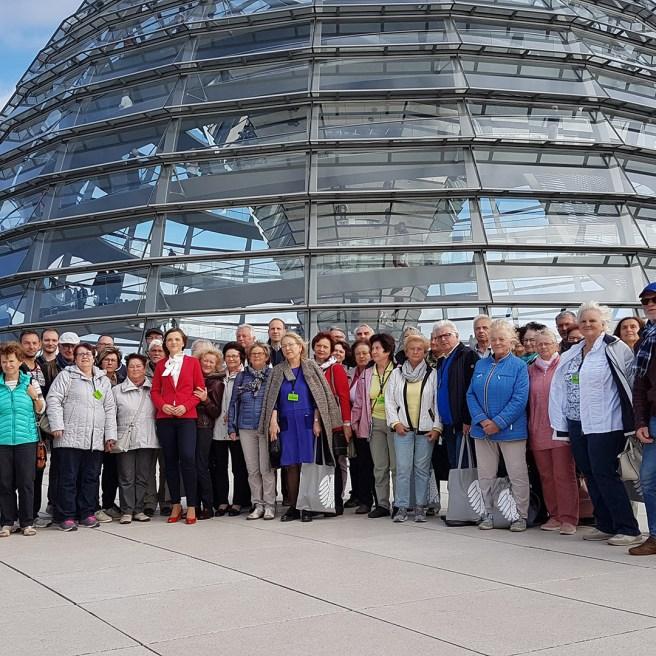 Ostthüringer besuchen ihre SPD-Bundestagsabgeordnete Elisabeth Kaiser ein Jahr nach der Wahl in den Bundestag