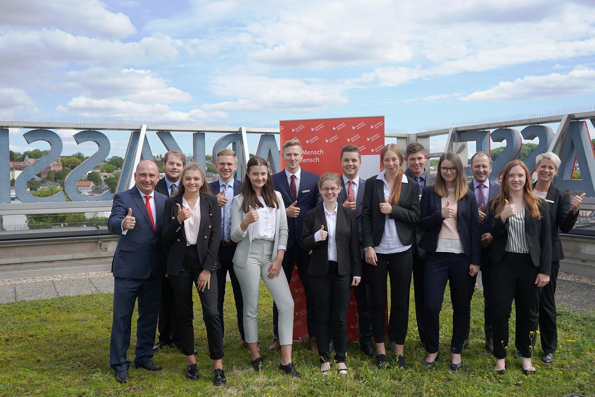 Sparkasse Gera-Greiz begrüßt 11 Auszubildende