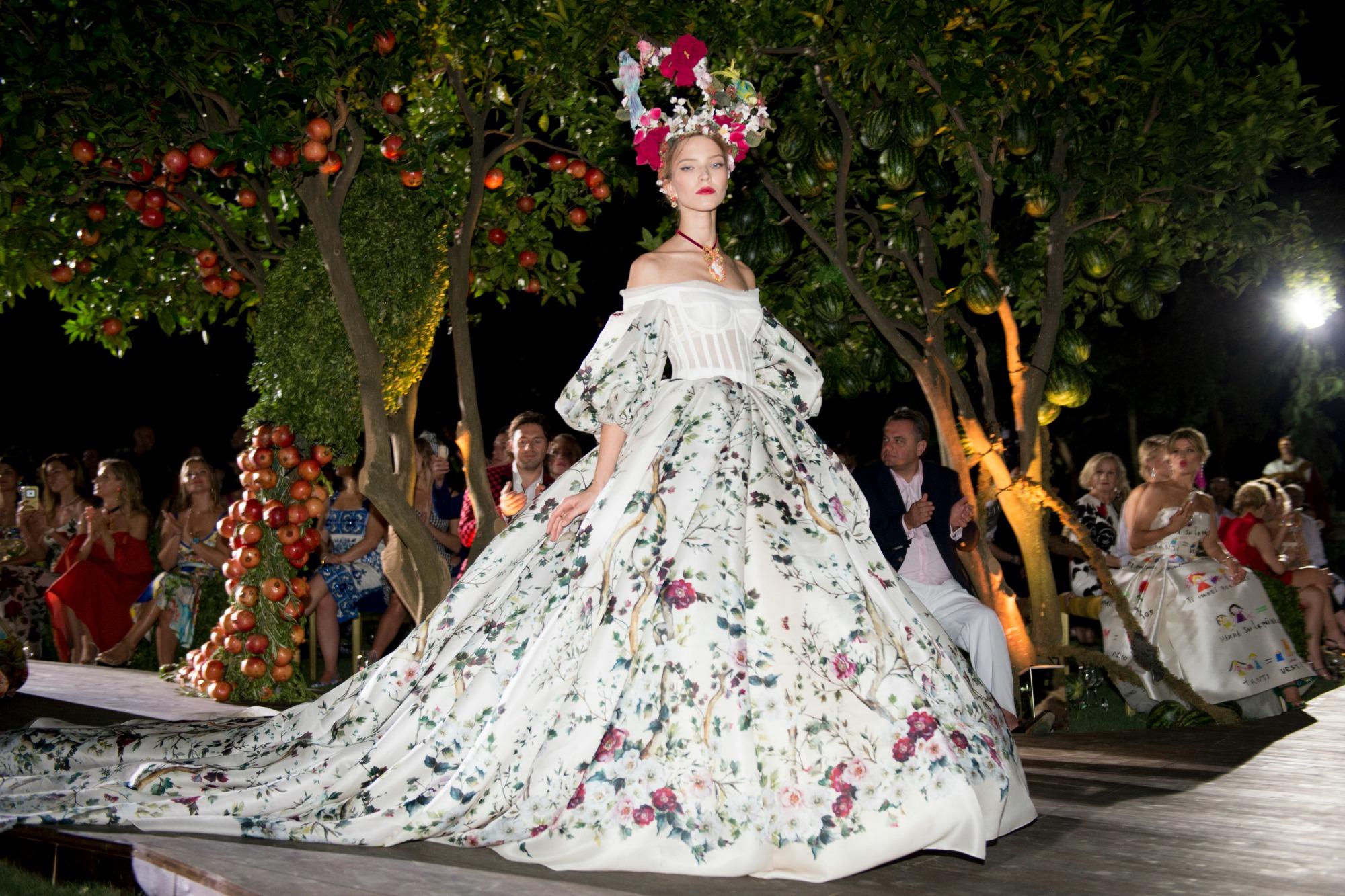 Dolce & Gabbana Alta Moda Fall 2015