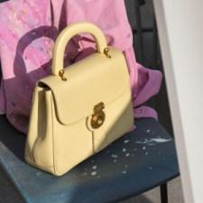 Burberry presenta la nuova collezione di borse DK88