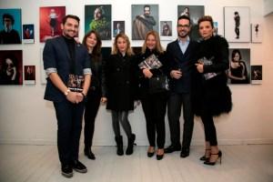 Da sinistra il gallerista Tiziano Todi, la fotografa Elena Datrino, Ginevra Ansuini,Grazia Pitorri, Edoardo Alaimo, silvia De Giorgi