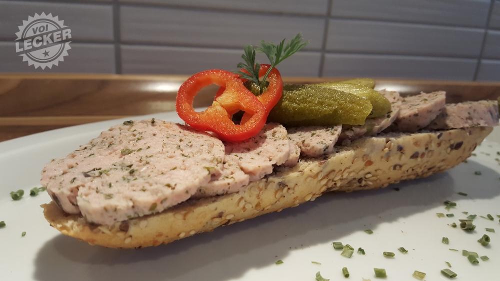 Selbstgemachte italienische Kräuterwurst