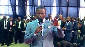Angels appear in church during a LIVE Service - Prophet Shepherd Bushiri