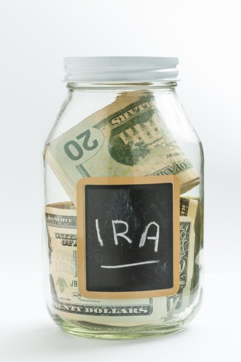 Do you know all that you need to know about setting up an IRA? These financial planning tips will help you understand which tips of IRA is right for you.