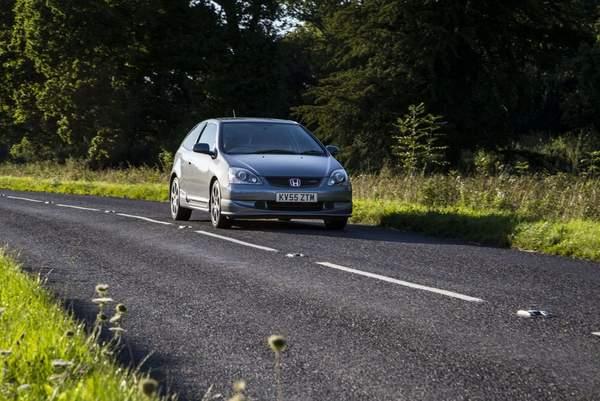 Voitures puissantes pas chères Honda Civic type R
