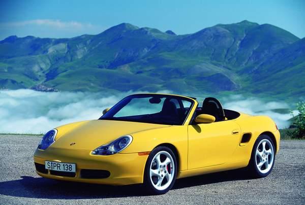 Oui on peut trouver des Porsche Boxster 986 à moins de 10 000 €