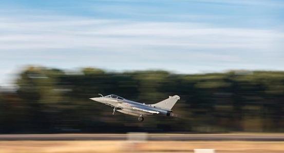 avion de chasse Rafale