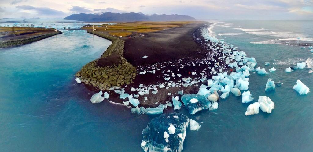 Jökulsárlön (Glacier Lagoon) & Diamond Beach, South Coast of Iceland   Volant Travel