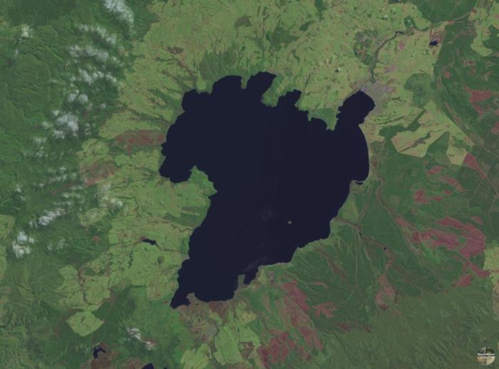 Lake Taupo as imaged by Landsat (WikiMedia Commons)