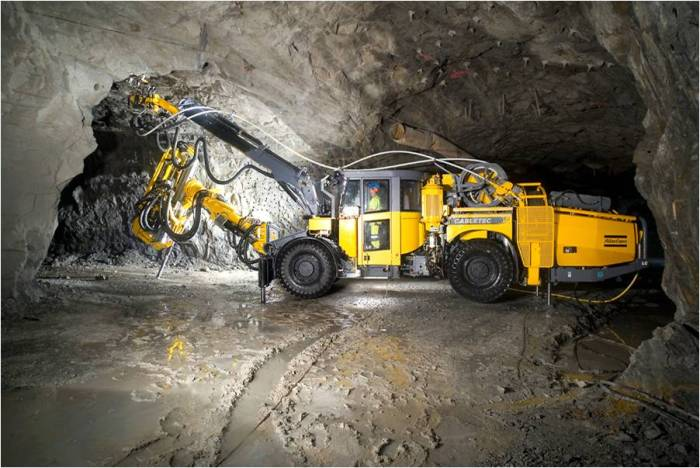 Digging away at a piece of the Earth's core deep below the surface at the Kiruna mine. (LKAB)