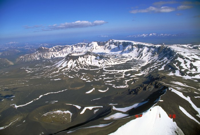 Image by the Alaskan Volcanic Observatory.