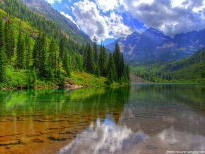 lake-baikal-trees-mountains
