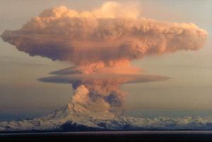 Mount Redoubt: another radio-active volcano