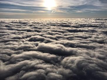 Vol en montgolfière au-dessus des nuages Auvergnats