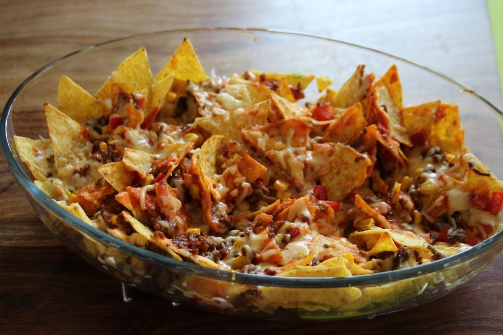 recept-nachos-uit-de-oven-met-gehakt-en-kaas-volgmama