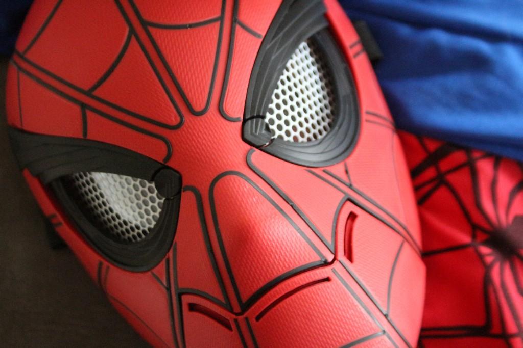 spider-man masker hasbro deluxe,