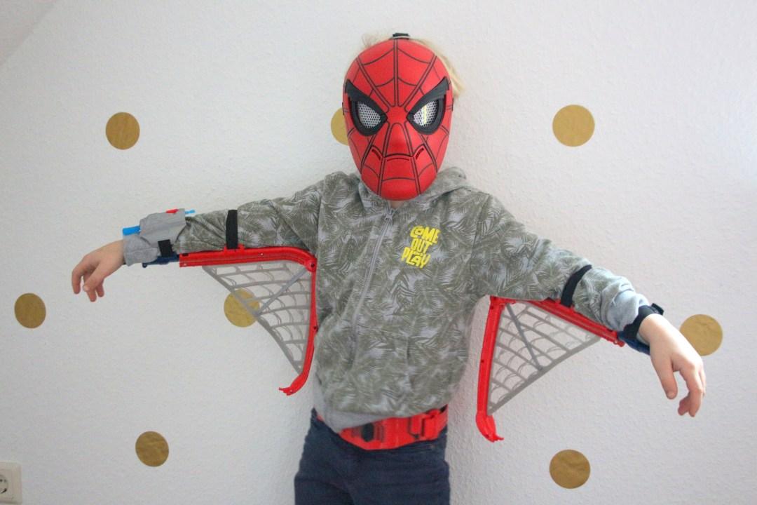 spiderman webwings en masker,