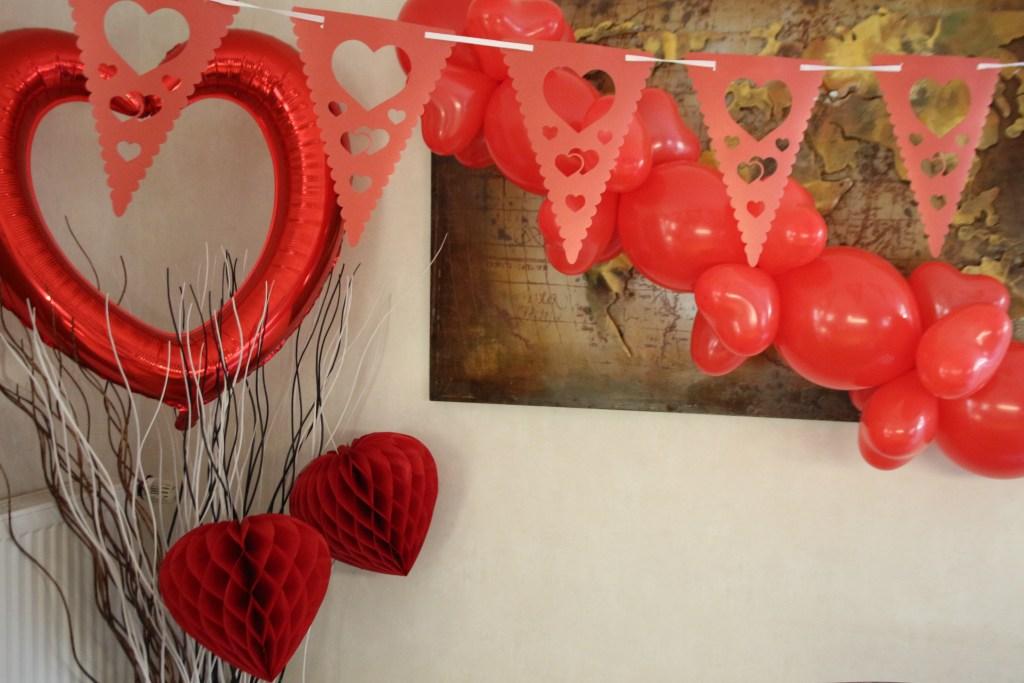 valentijn versiering feestwinkel