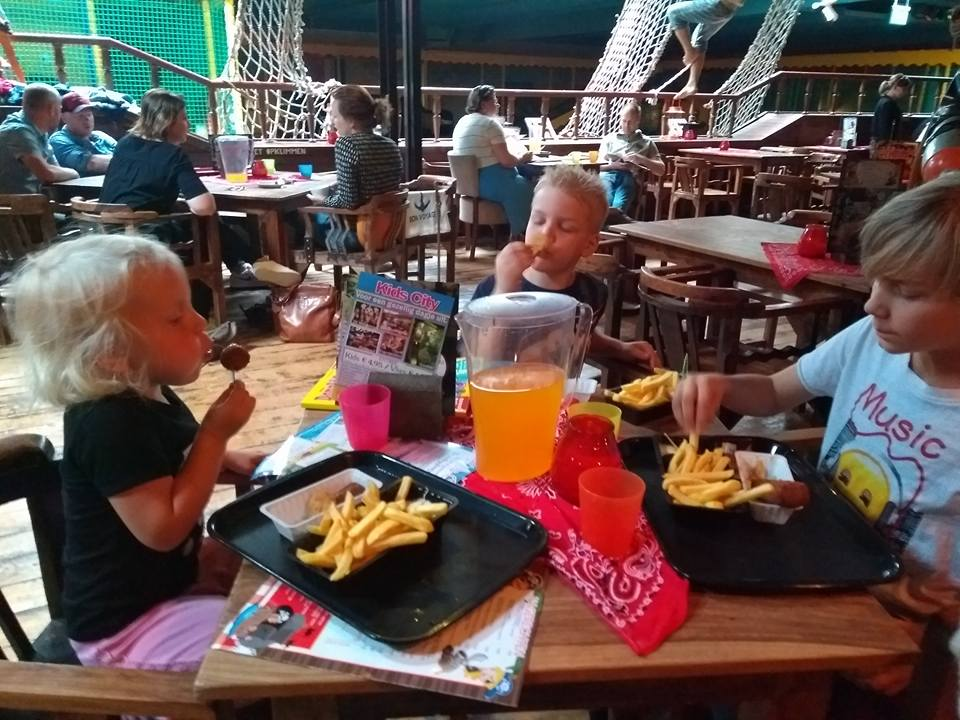 eten-borelboot-kids-city-borne