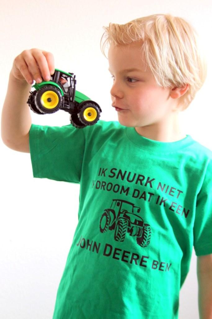shirts-bedrukken-tekst-john-deere-kinderen
