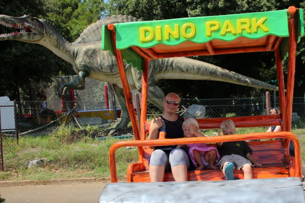 review-dinopark-funtana