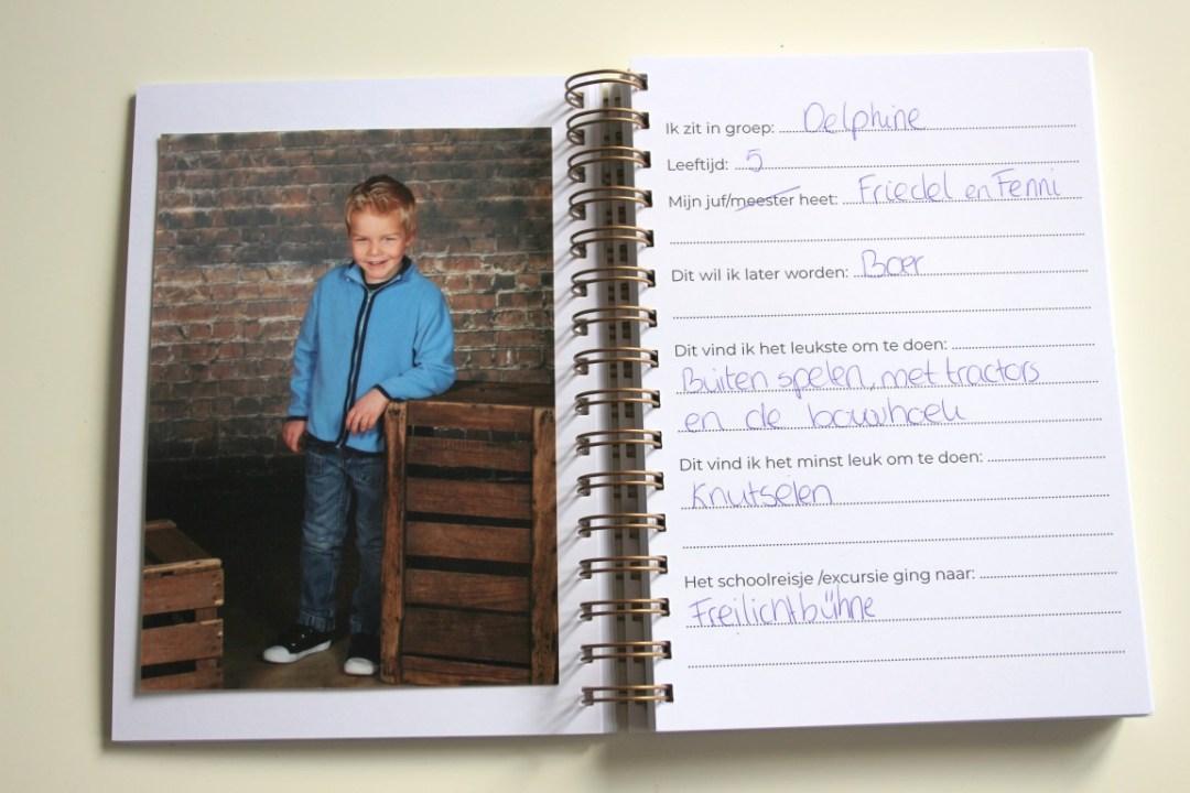 schoolfotoboek-invullen-schoolfotoalbum-forest-and-bear