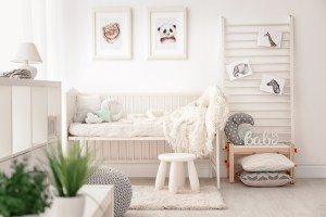 gordijnen-raamdecoratie-babykamer-peuterkamer